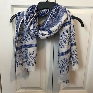LUCKY Blue White 100% Cotton Oversized Scarf
